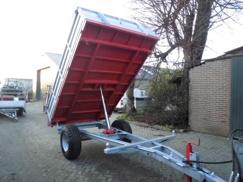 4-tons Kiepwagen (driezijdig kiepend)